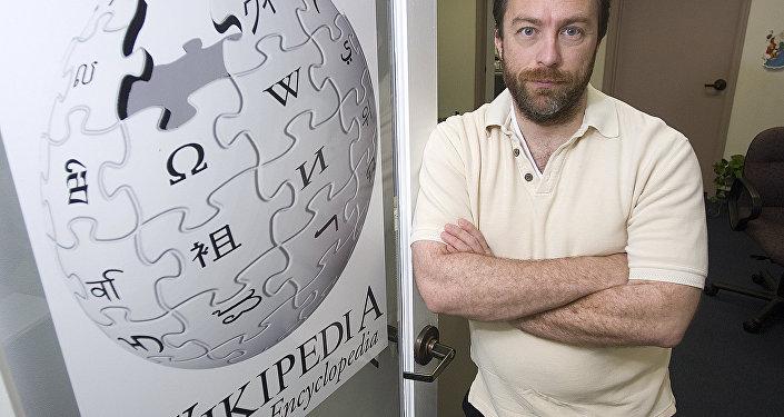 Wikipedia kurucusu Jimmy Wales