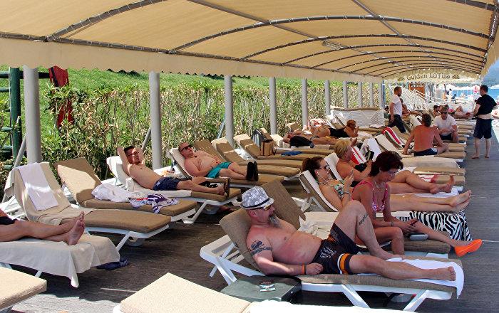 Tur operatörleri yüksek talep nedeniyle Türkiye'de tatil fiyatlarında düşüş beklemiyor'