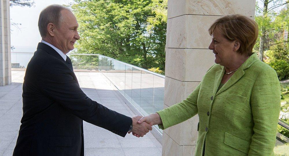 Rusya Devlet Başkanı Vladimir Putin- Almanya Başbakanı Angela Merkel