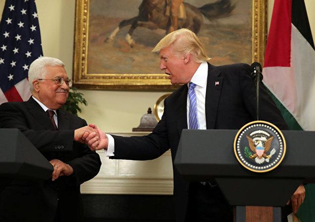 ABD Başkanı Donald Trump ve Filistin Devlet Başkanı Mahmud Abbas