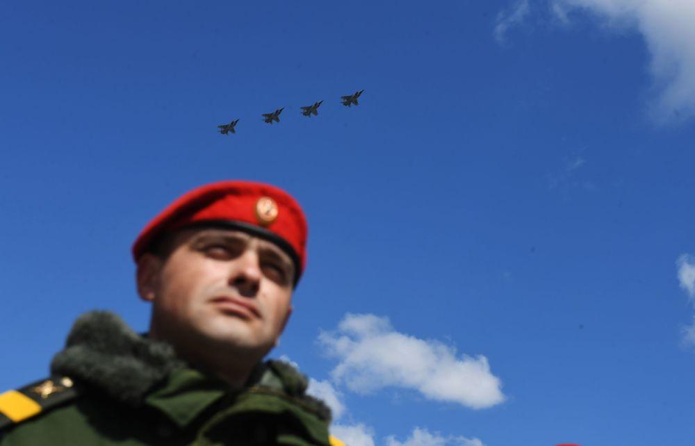 MiG-31 avcı uçakları.