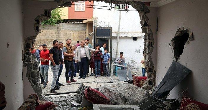 Silopi'de polis panzeri eve çarptı: 2 çocuk öldü