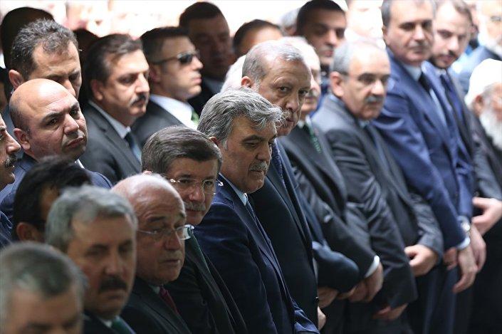 11. Cumhurbaşkanı Abdullah Gül'ün babasının cenazesi