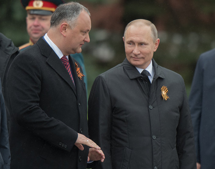 Moldova Cumhurbaşkanı İgor Dodon ve Rusya Devlet Başkanı Vladimir Putin