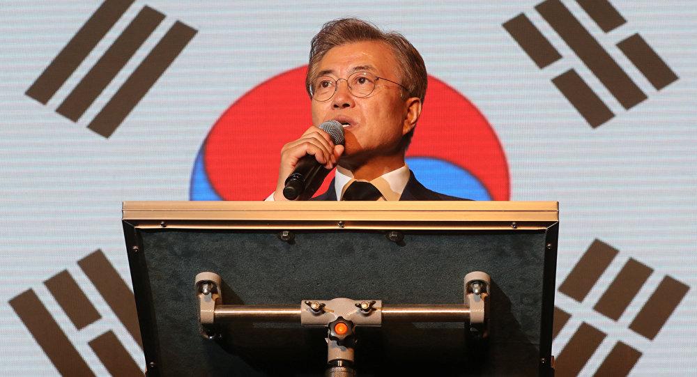 Güney Kore cumhurbaşkanlığı seçimlerini kazanan Moon Jae-In