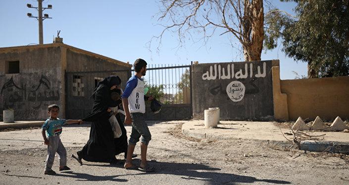 Rakka / IŞİD'den kaçan siviller
