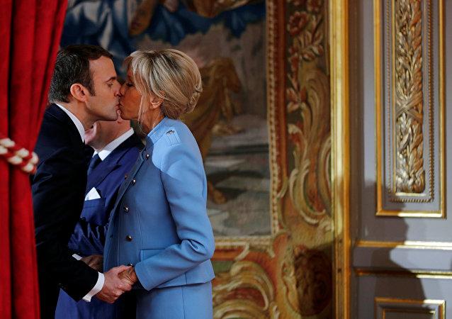 Emmanuel Macron - Brigitte Trogneux