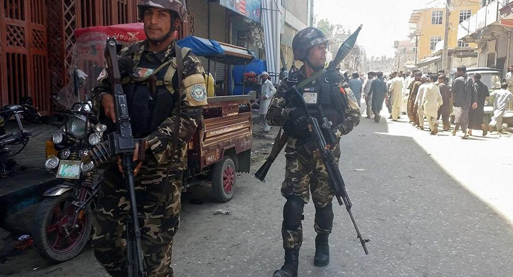 Celalabad'da Afganistan polisi