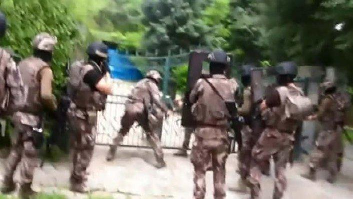 Organize suç örgütü lideri Sedat Şahin'in villasına yapılan operasyon