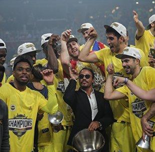 Fenerbahçeli yıldızdan Nusret'e tepki