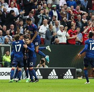 Manchester United, UEFA Avrupa Ligi finalinde Ajax'ı 2-0 yenerek şampiyon oldu