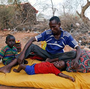 Somali'de bir aile - açlık