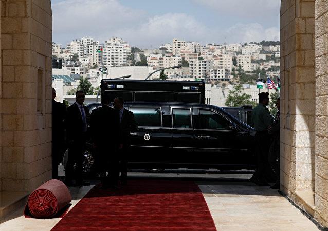 ABD Başkanı Donald Trump'ın özel yapım limuzini