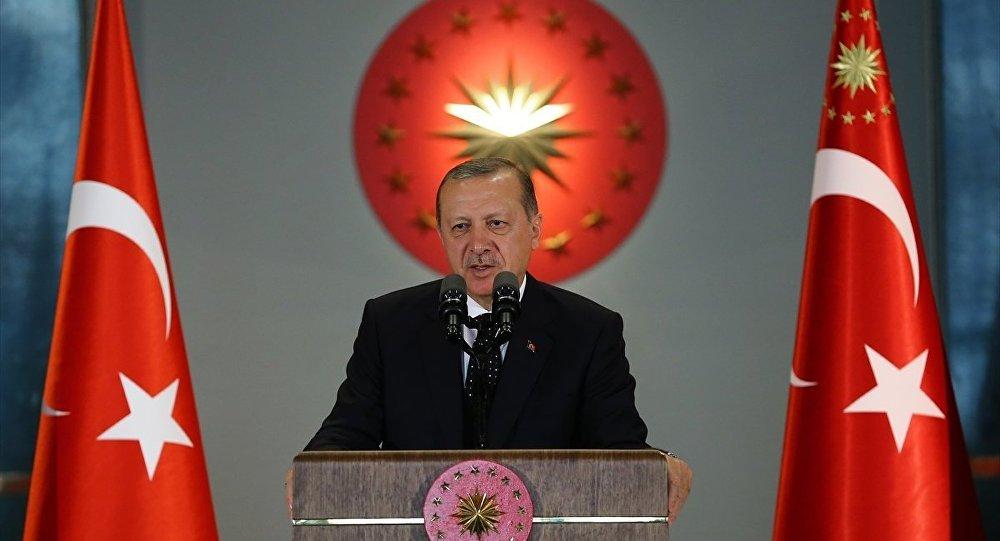 Erdoğan, Katar'a asker konuşlandırılmasını onayladı