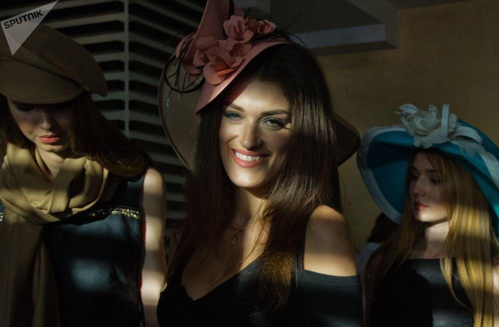 Sivastopol'de Kırım moda haftası