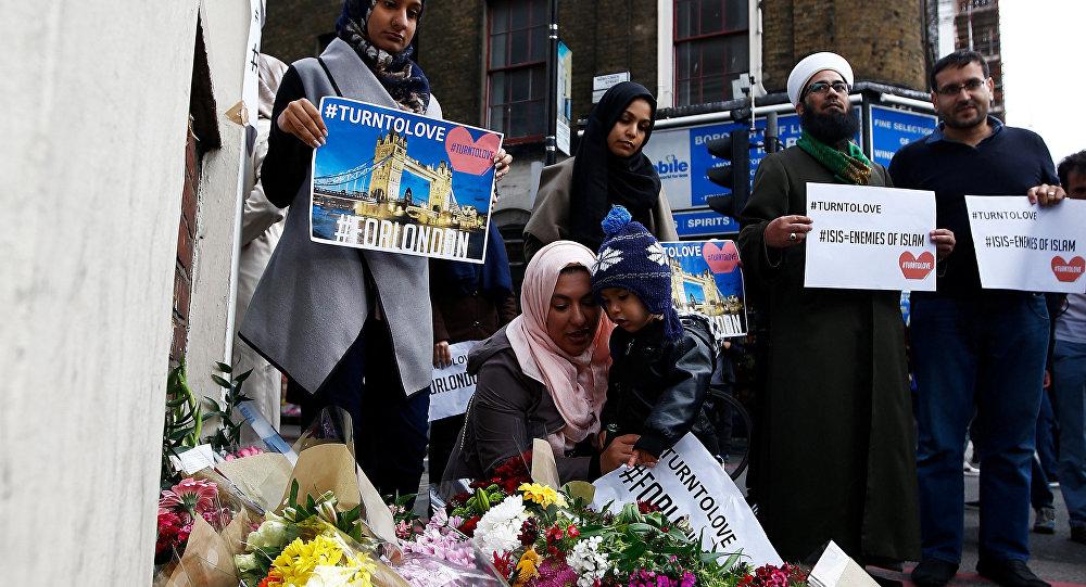İngiltereli Müslümanlardan teröre tepki