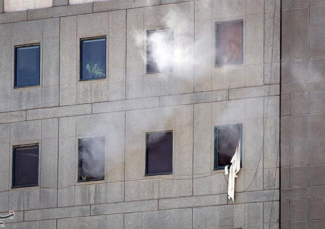 İran parlamentosundaki rehine krizi, tüm saldırganların öldürülmesiyle sona erdi.