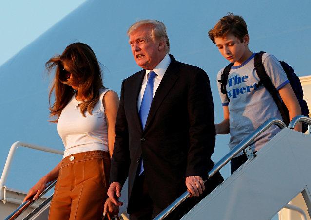 Melania Trump - Donald Trump - Barron Trump