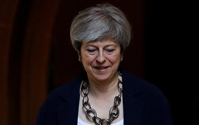 İngiltere Başbakanı May'den 'viski' itirafı: Zorlukların üstesinden gelmeme yardım ediyor