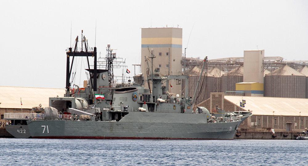 'İran, Umman'a savaş gemileri gönderdi'