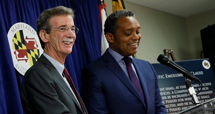 Maryland Başsavcısı Brian Frosch ve Washington DC Başsavcısı Karl Racine