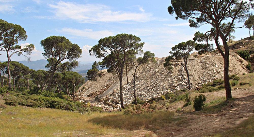 Madran Dağı'nda kaya resimleri bulundu