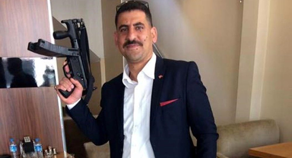 Ak Parti Gençlik Kolları Yönetim Kurulu üyesi Mehmet Aybek