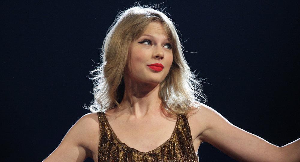 ABDli ünlü müzisyen Taylor Swift ara seçimlerde hangi partiye oy vereceğini açıkladı 34