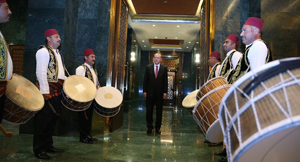 Recep Tayyip Erdoğan / Ramazan davulcusu