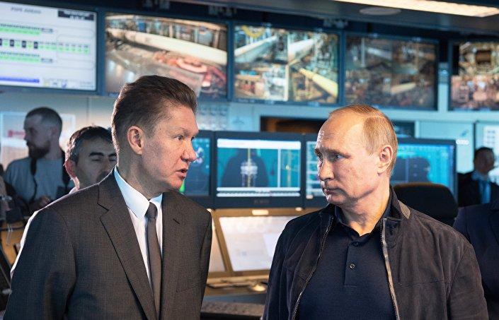 Rusya Devlet Başkanı Vladimir Putin ve Gazprom CEO'su Aleksey Miller