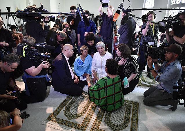 Almanya'da açılan 'liberal cami'