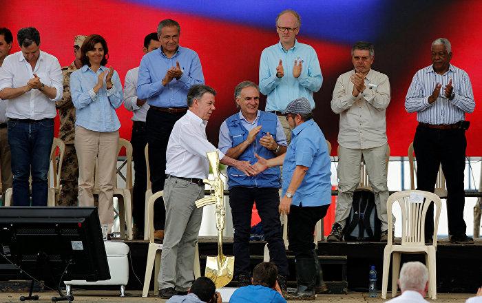 FARC: Silahlara ve savaşa veda, barışa merhaba