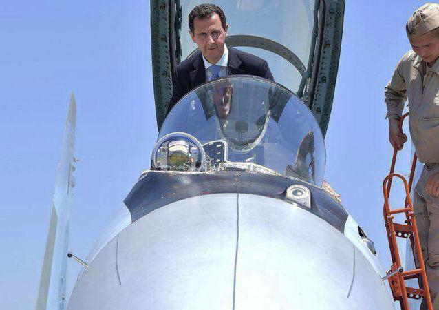 Beşar Esad'ın Hmeymin Hava Üssü ziyareti