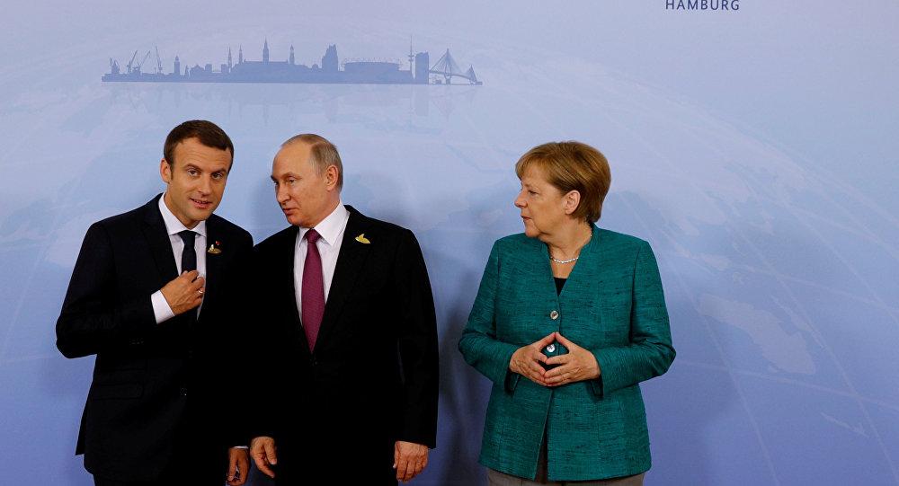 Vladimir Putin- Emmanuel Macron - Angela Merkel