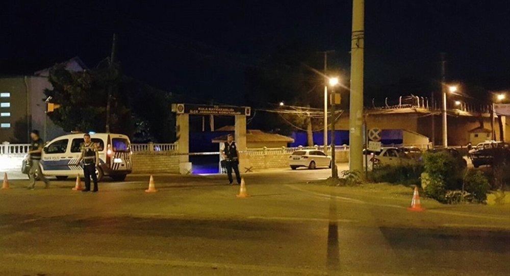 Cinnet getiren asker 3 arkadaşını öldürüp intihar etti