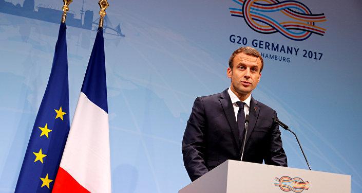 Afrikanın esas problemini açıklayan Macron, sosyal medyada topa tutuldu 47