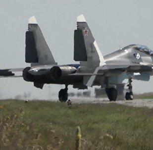 Rusya'dan Sivastopol'de Su-30SM savaş uçaklarıyla tatbikat