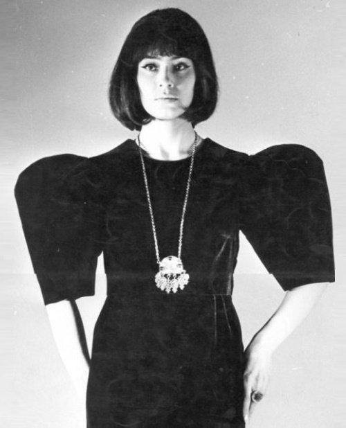 Sovyetler Birliği'nin 1960-70'li yıllardaki en ünlü modellerinden Leka Mironova.