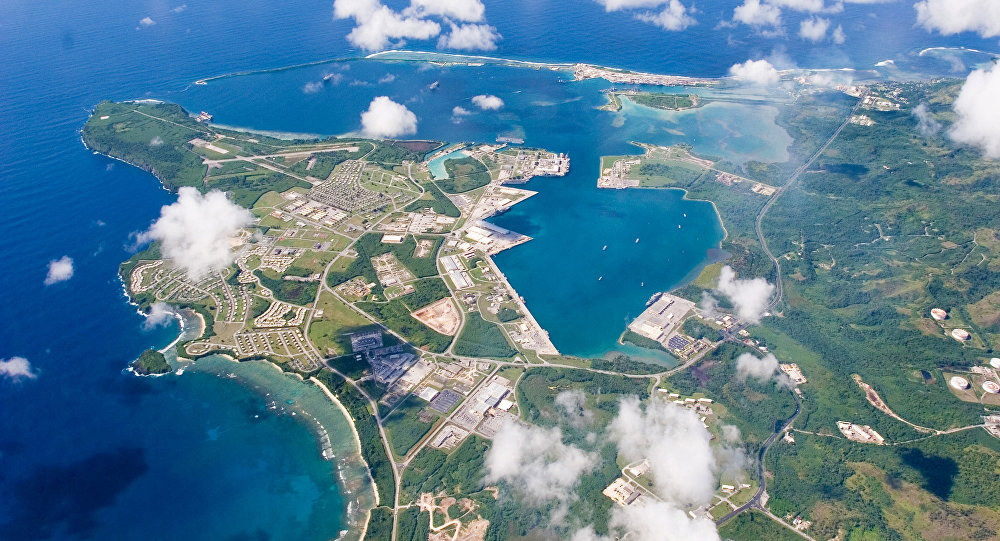 Kuzey Kore'nin 'saldırırız' dediği Guam: Rahatlayın ve cennetin tadını çıkarın