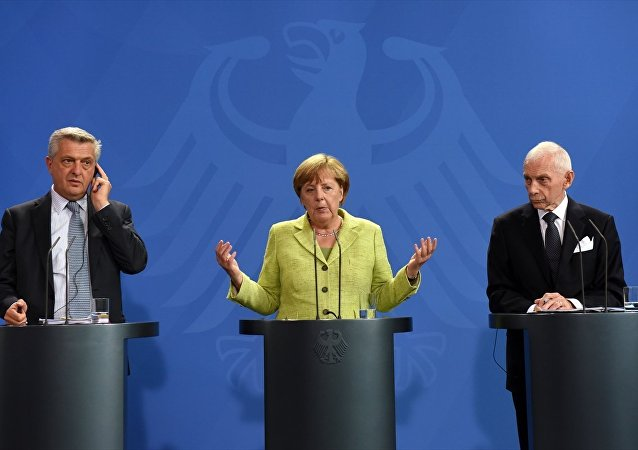 BM Mülteciler Yüksek Komiseri Filippo Grandi, Almanya Başbakanı Angela Merkel, Uluslararası Göç Örgütü (IOM) Genel Direktörü William Lacy Swing