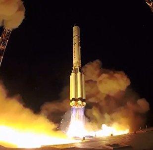 Rusya, askeri uydusunu uzaya fırlattı