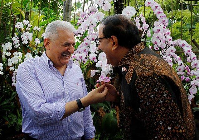 Başbakan Binali Yıldırım ve Singapur Sanayi ve Ticaret Bakanı S Iswaran