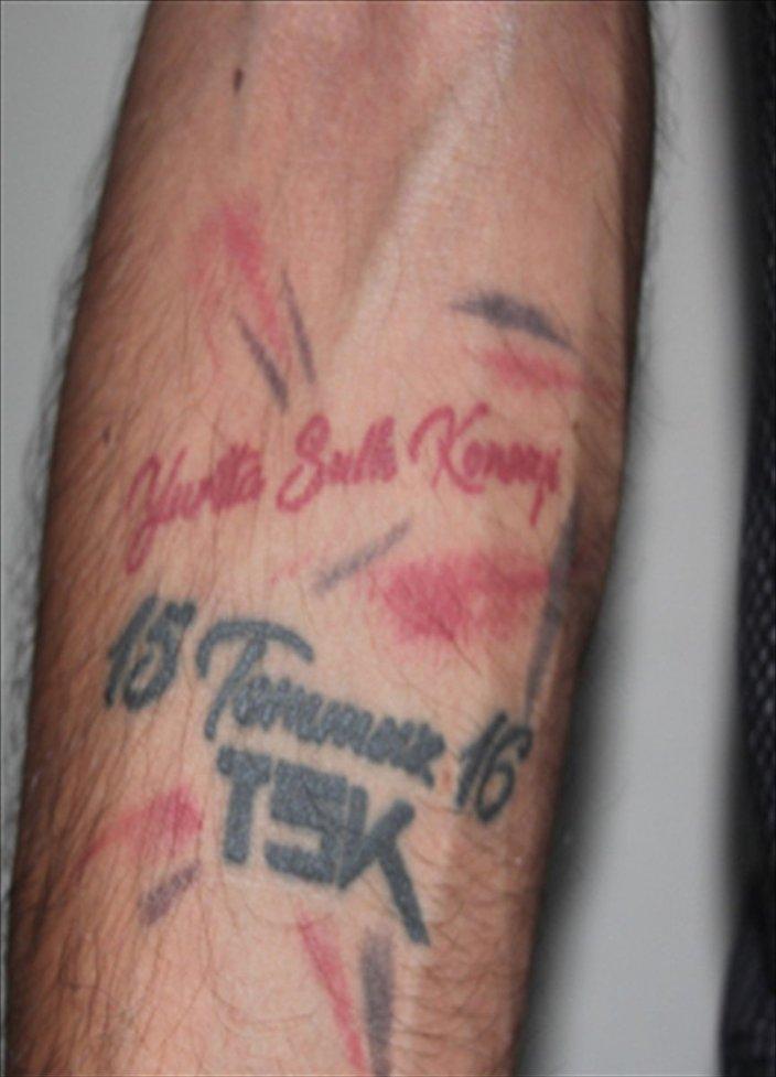 'Yurtta Sulh Konseyi' dövmesi yaptıran kişi gözaltına alındı.