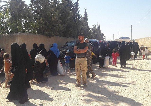 Rakka'da siviller IŞİD'den kaçıyor