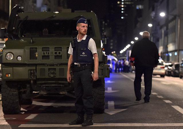 Brüksel'de askerlere saldırı