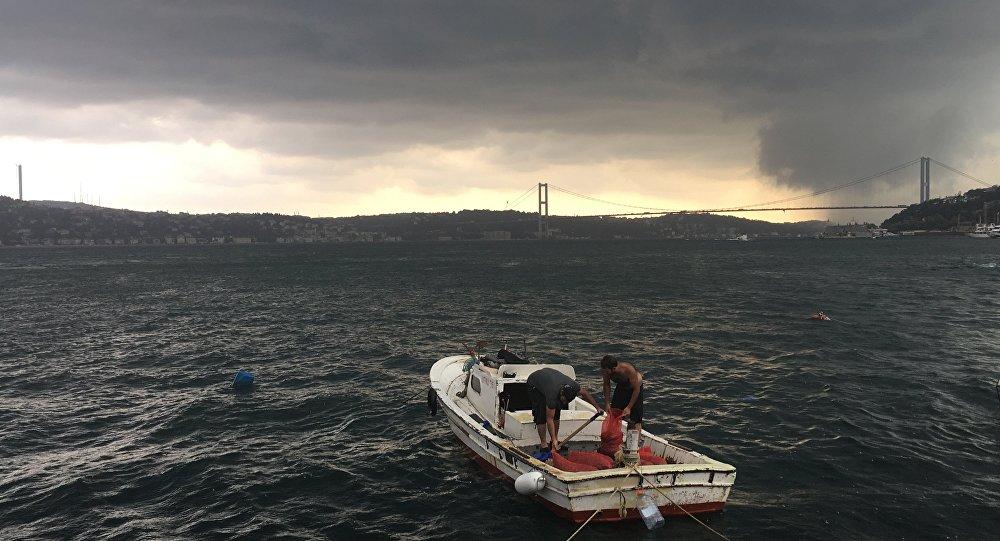 İstanbul'da fırtına