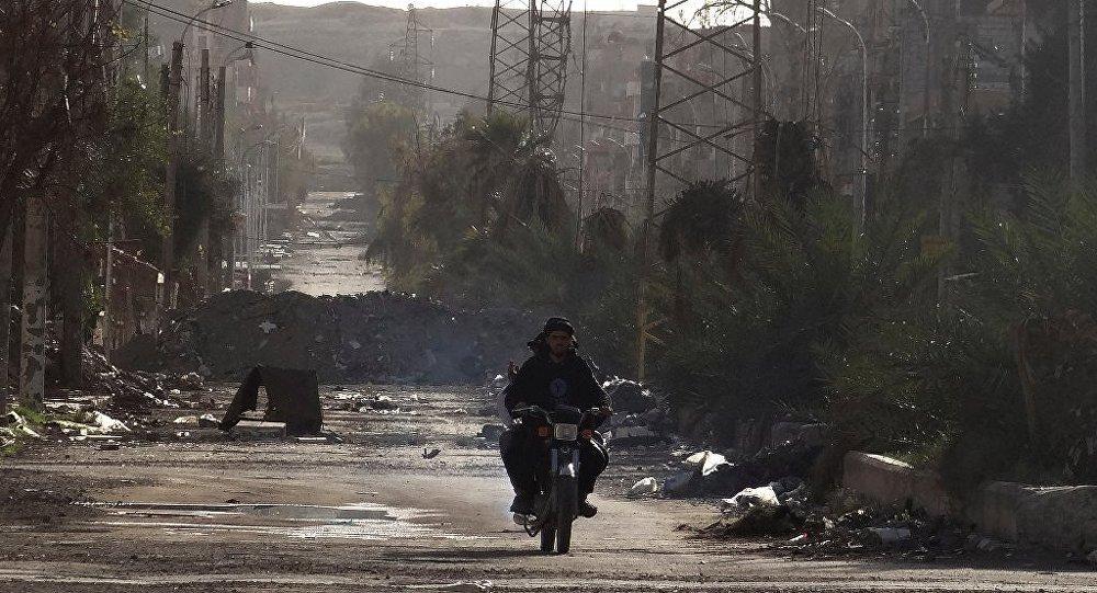 Suriye birlikleri, Deyr ez Zordaki tedarik güzergahını mayınlardan temizledi