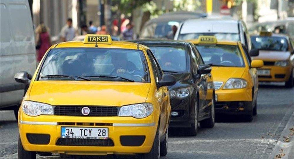 Turist müşterisine İstanbul turu attıran taksici: Ben de ondan davacı oldum