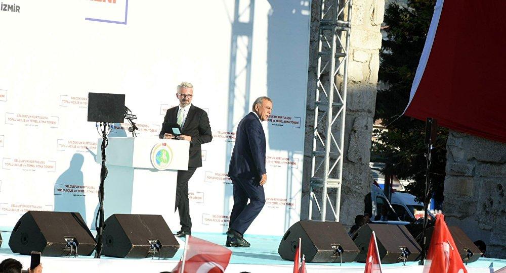 İzmir Belediye Başkanı Aziz Kocaoğlu