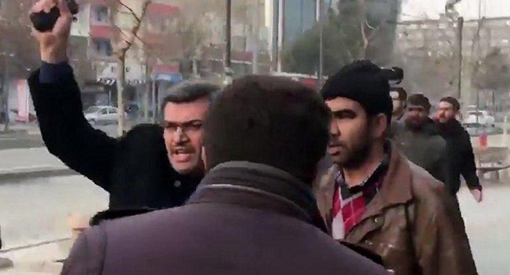 HDP'li Aslan'a Ben devletim diyerek silah çeken polis H.C.